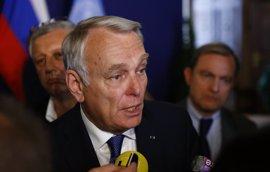 Ayrault advierte de que si siguen los bombardeos en Alepo se fomentará la radicalización