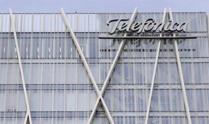 Telefónica suspende la salida a bolsa de Telxius