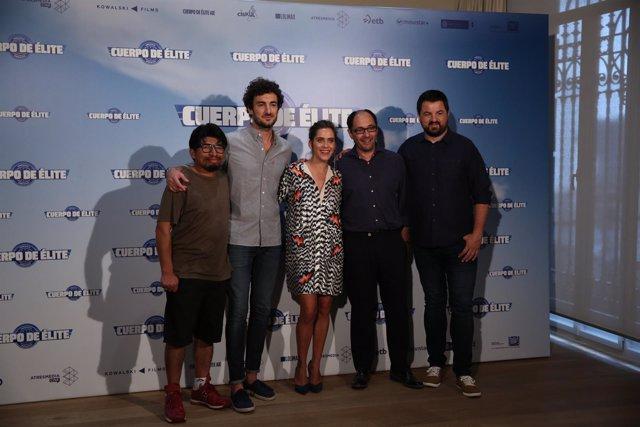 Photocall con los protagonistas de la película Cuerpo de élite