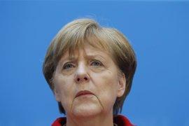 Merkel insta a Putin a estabilizar la tregua en Ucrania