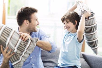 5 juegos originales para divertirte con tus hijos