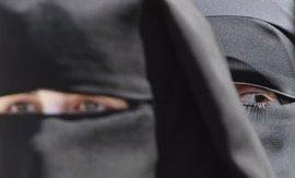Bulgaria prohíbe el uso del velo islámico en espacios públicos