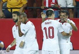 El Sevilla busca mantenerse en Europa ante el Alavés y el Granada su primer triunfo