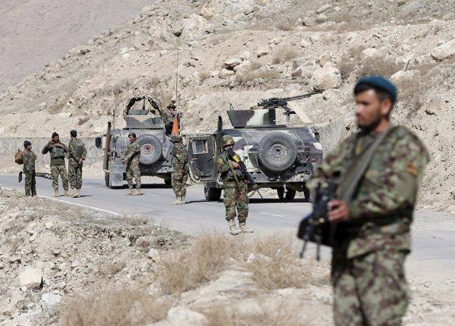 Soldados del Ejército de Afganistán en la provincia de Logar