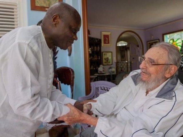 Fidel Castro y el pesidente de Guinea Bissau, José Mário Vaz
