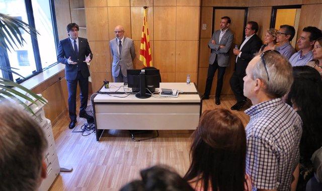 Carles Puigdemont y Ramon Font en la Delegación de la Generalitat en Portugal
