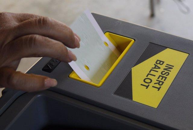 Máquina de votación en Estados Unidos