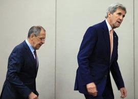 Kerry y Lavrov hablan por teléfono sobre la situación en Siria