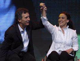 """La vicepresidenta de Argentina califica de """"juego sucio"""" la denuncia contra la financiación de su fundación"""