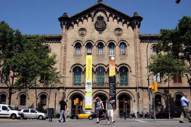 Edificio Histórico UB