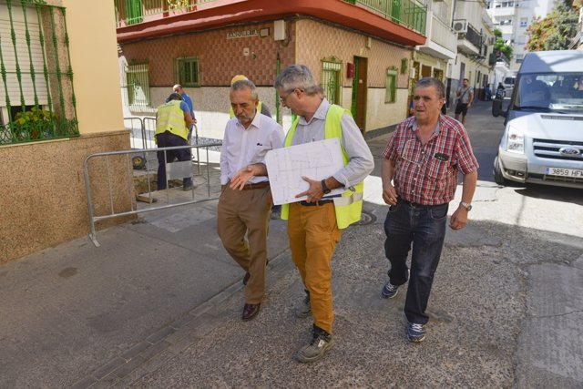 Nota Y Foto Reurbanización Calle Flauta
