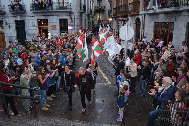 Bienvenidas en el País Vasco a presos de ETA