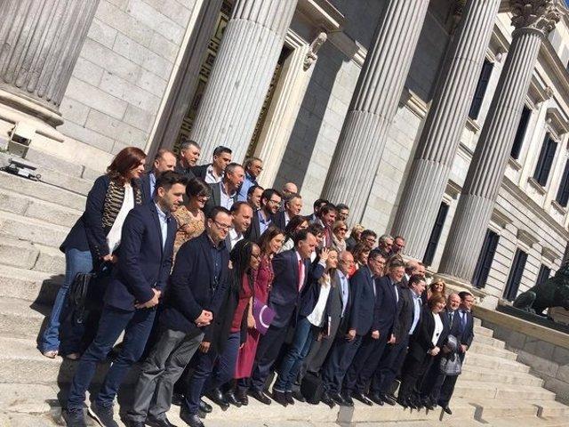 Delegación valenciana en el Congreso en un debate de reforma del Estatuto