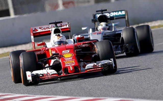 Vettel y Hamilton, Ferrari contra Mercedes en Montmeló