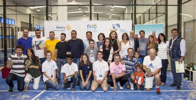 María Martín Ha Entregado Los Trofeos Del IV Torneo De Pádel Organizado Por Rota