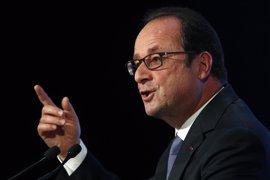 """Hollande expresa su apoyo a Santos y elogia su """"coraje político"""" para poner fin a la guerra"""