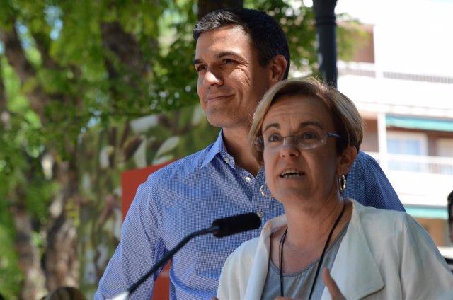 Pedro Sánchez y Purificación Causapié en un acto de campaña en Madrid