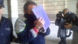 """El acusado de matar al vicario de San Isidoro admite el crimen y se declara """"arrepentido"""""""