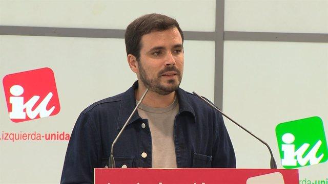 """Garzón (IU) denuncia el """"motín de una oligarquía"""" al PSOE"""