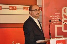 """Lambán dice que """"no ha ocurrido nada"""" que modifique los acuerdos de la izquierda aragonesa"""