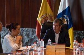 """Dávila dice que el Gobierno trabaja con """"normalidad"""" e intenta que el """"ruido"""" del pacto no le afecte"""