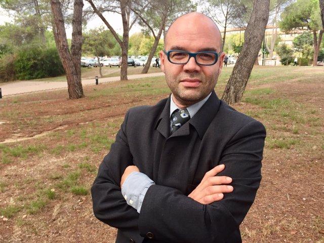 El lingüista Rafael Marín