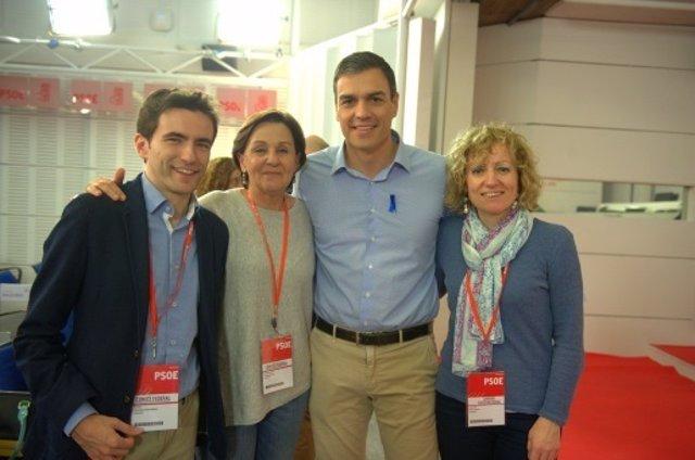 Díaz Tezanos, Gorostiaga y Casares con Sánchez en el Comité Federal de abril
