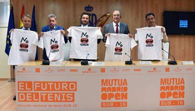 Santana, Oscar Graefenhain, Miguel Díaz y Alberto Berasategui en el CSD