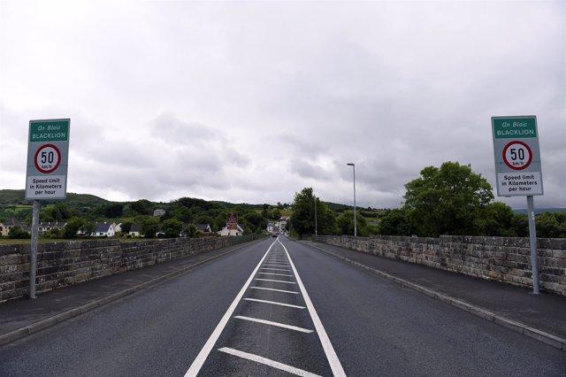 Antigua frontera entre la República de Irlanda e Irlanda del Norte