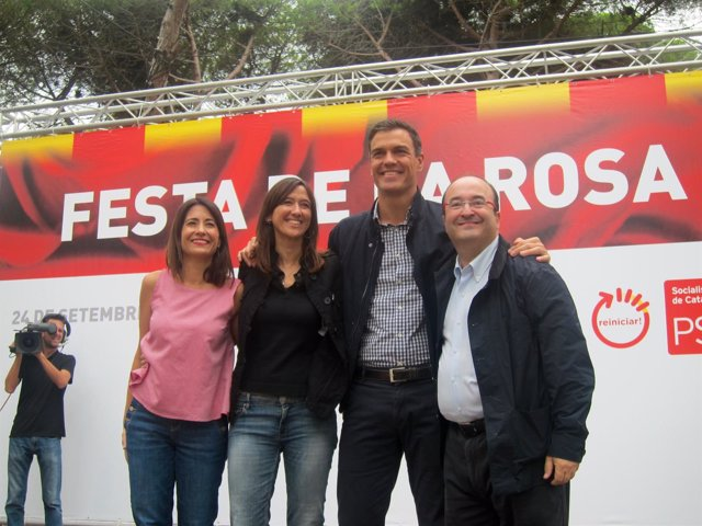 Los socialistas Raquel Sánchez, Núria Parlon, Pedro Sánchez y Miquel Iceta