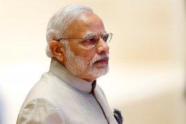 """La Policía de India """"detiene"""" a una paloma que portaba un mensaje amenazante contra Modi"""