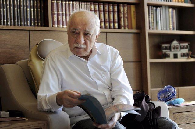 El clérigo turco Fetulá Gulen, exiliado en Estados Unidos