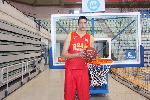 Víctor Arteaga (UCAM Murcia)