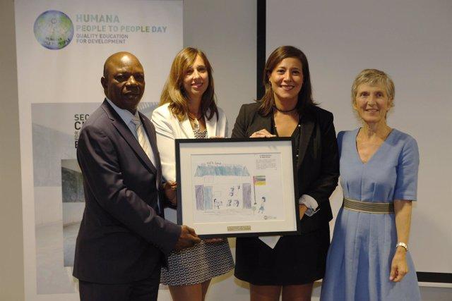 Entrega del premio de Humana a Caprabo