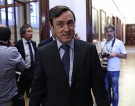 """El PP espera que el PSOE se """"mueva"""" porque otras elecciones """"interesan"""" a Podemos"""