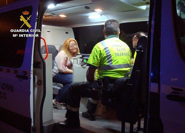 La Guardia Civil Detiene A Dos Conductores Por Circular De Modo Temerario Y Bajo