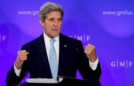 """Kerry subraya la importancia de """"la unidad en Europa"""" y apela a cooperación trasatlántica"""