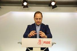 César Luena pide a los militantes que no dejen el PSOE, porque ellos decidirán el futuro