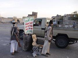 Los huthis exigen que Hadi abandone la presidencia para reanudar las conversaciones de paz