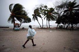 Más de cuatro millones de niños haitianos están en peligro por el huracán 'Matthew'