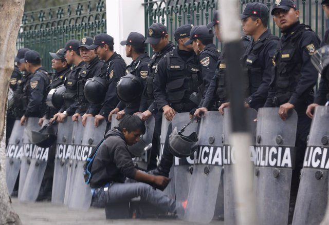 Policía de Perú
