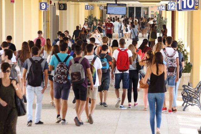 Comienzo de clases en la Universidad Pablo de Olavide (UPO) de Sevilla