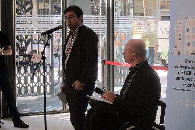 El teniente de alcalde Gerardo Pisarello y el gerente Jordi Ayala