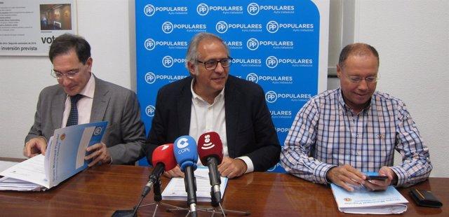 Los concejales del PP Jesús Enríquez, Antonio Martínez Bermejo y Alfredo Blanco