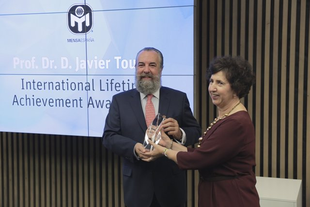 Javier Tourón Recibe La Prestigiosa Distinción International Lifetime Achievemen