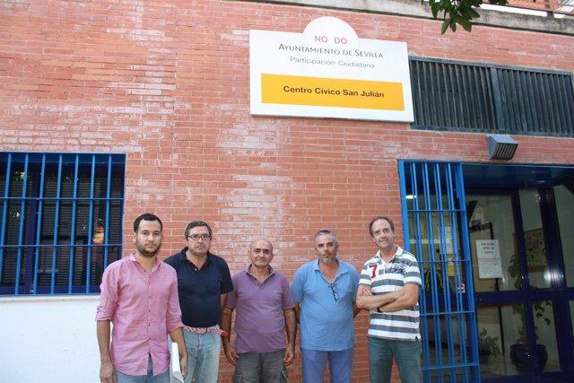 Reunión de IU con el colectivo.