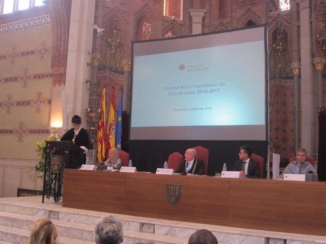 Acto de inauguración de la UAO CEU con el rector C.Pérez y J.Pallarès