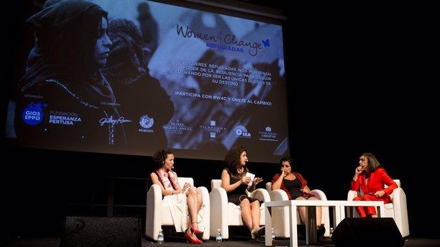 Activistas en el foro Women4Change, centrado en mujeres refugiadas