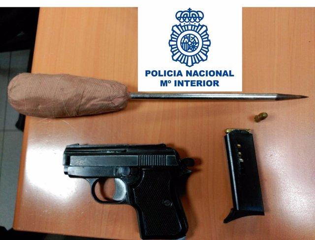 Armas intervenidas al detenido