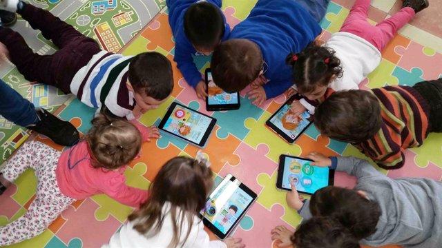 Proyecto 'Implementación del uso de las TIC en las aulas'